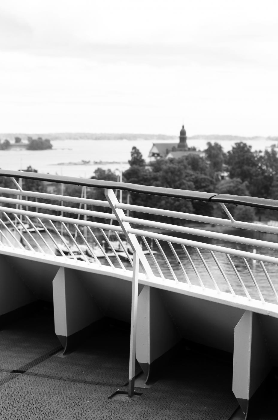 view-from-deck-bw-fannijakaneli.jpg